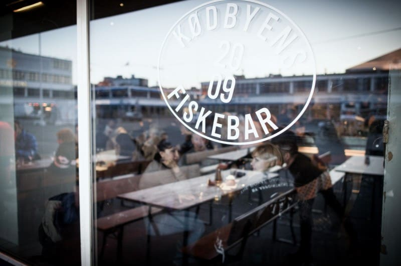 02-nightout-at-fiskebar-kopenhagen-by-tobias-stahel
